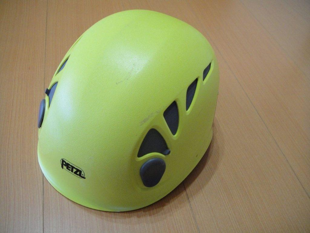 ペツルの登山用ヘルメットであるエリオス