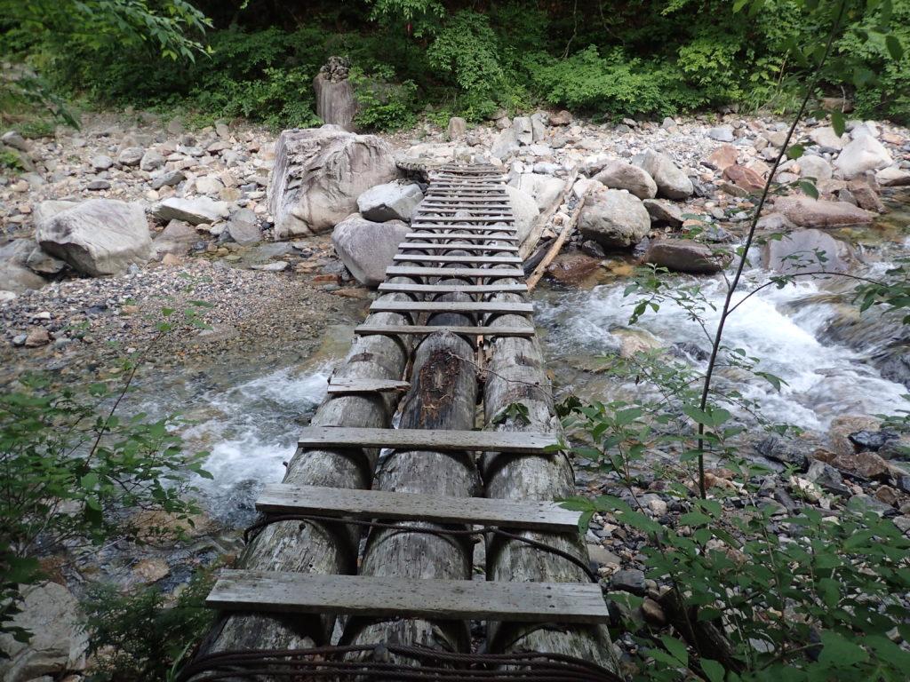 恵那山広河原ルートに入ってすぐの橋