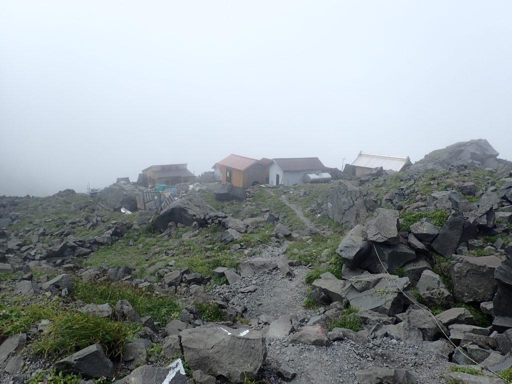 鳥海山の御室小屋