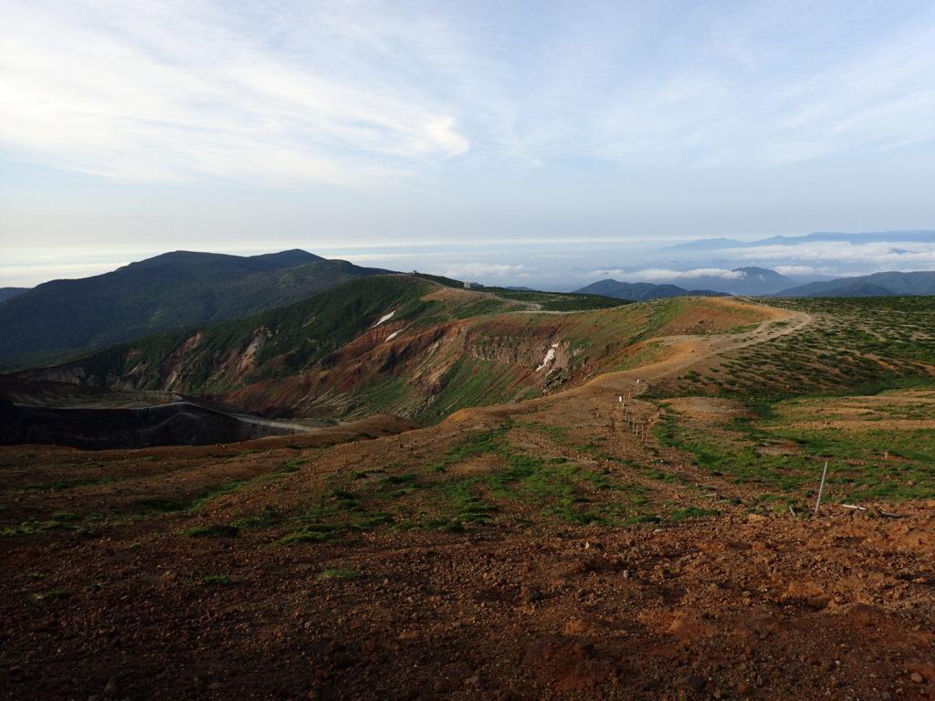 蔵王山稜線から見る蔵王レストハウス方面