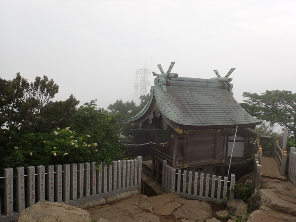 筑波神社の女体山御本殿