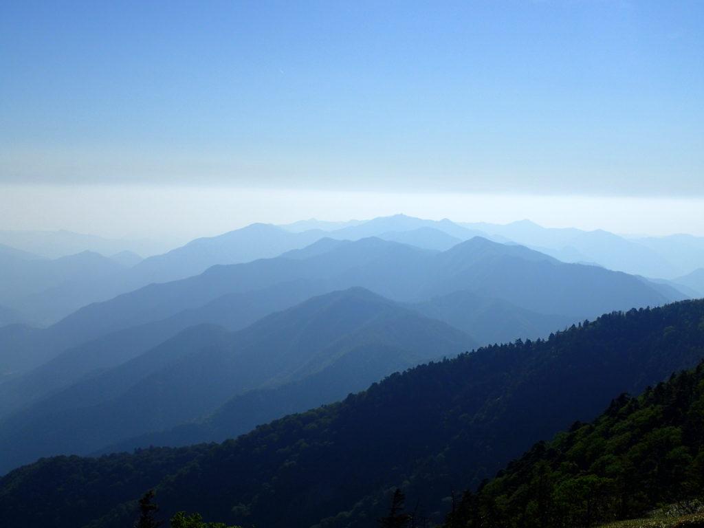 剣山山頂からの景色
