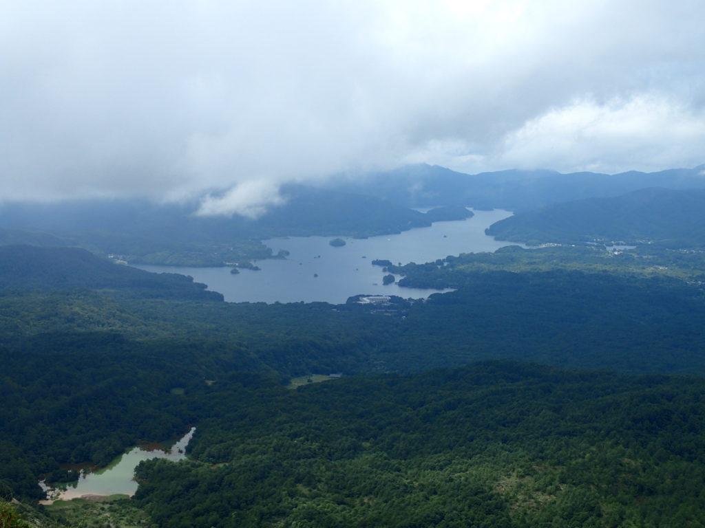 磐梯山から見る檜原湖