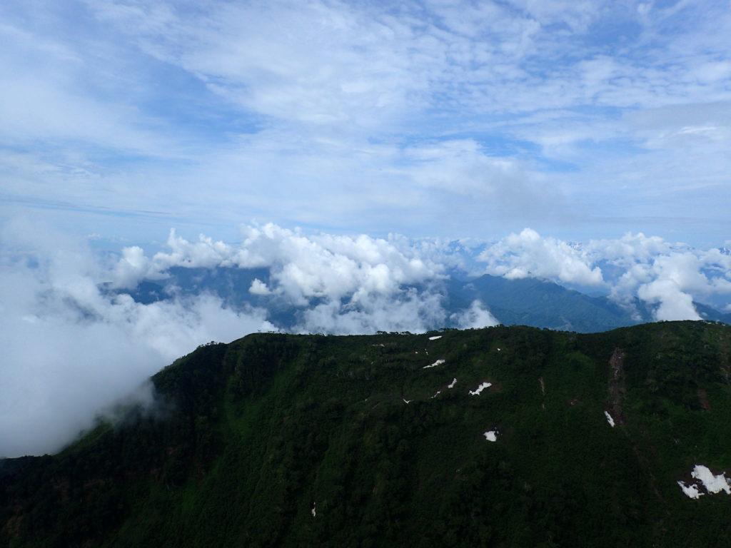 妙高山南峰からの景色
