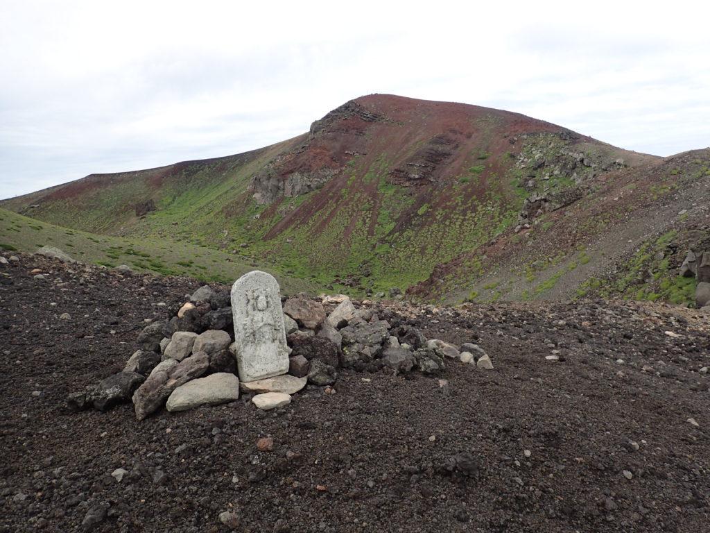 岩手山の石仏