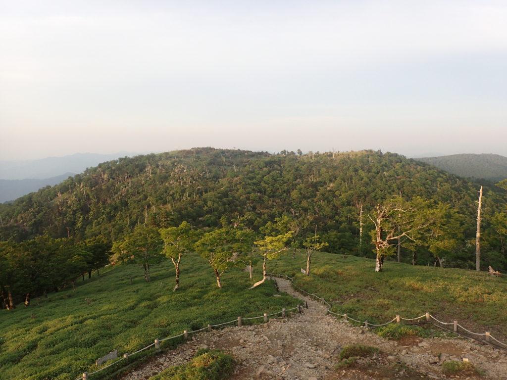大台ヶ原山の日出ヶ岳から見た正木ヶ原方面