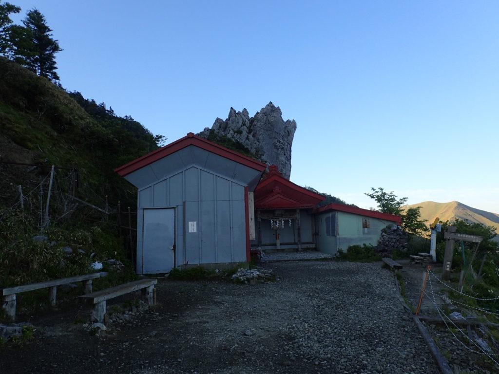 剣山の大剣神社