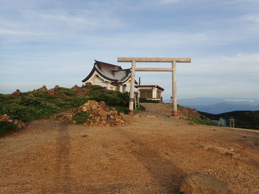 蔵王山の刈田神社の鳥居
