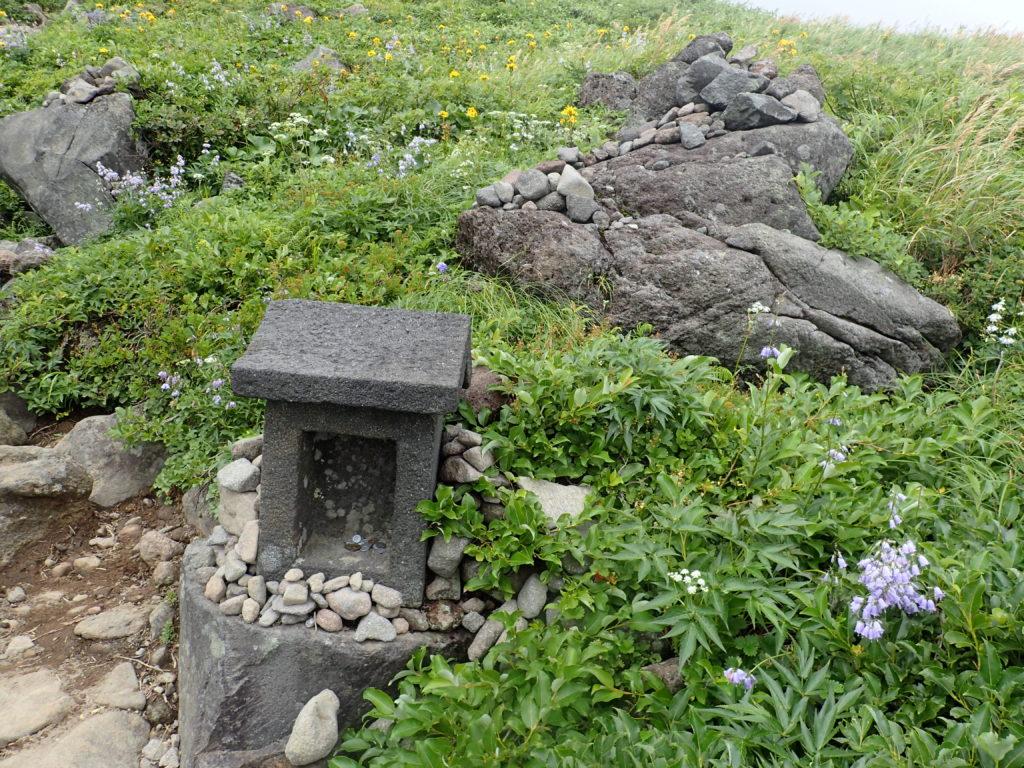鳥海山の八丁坂