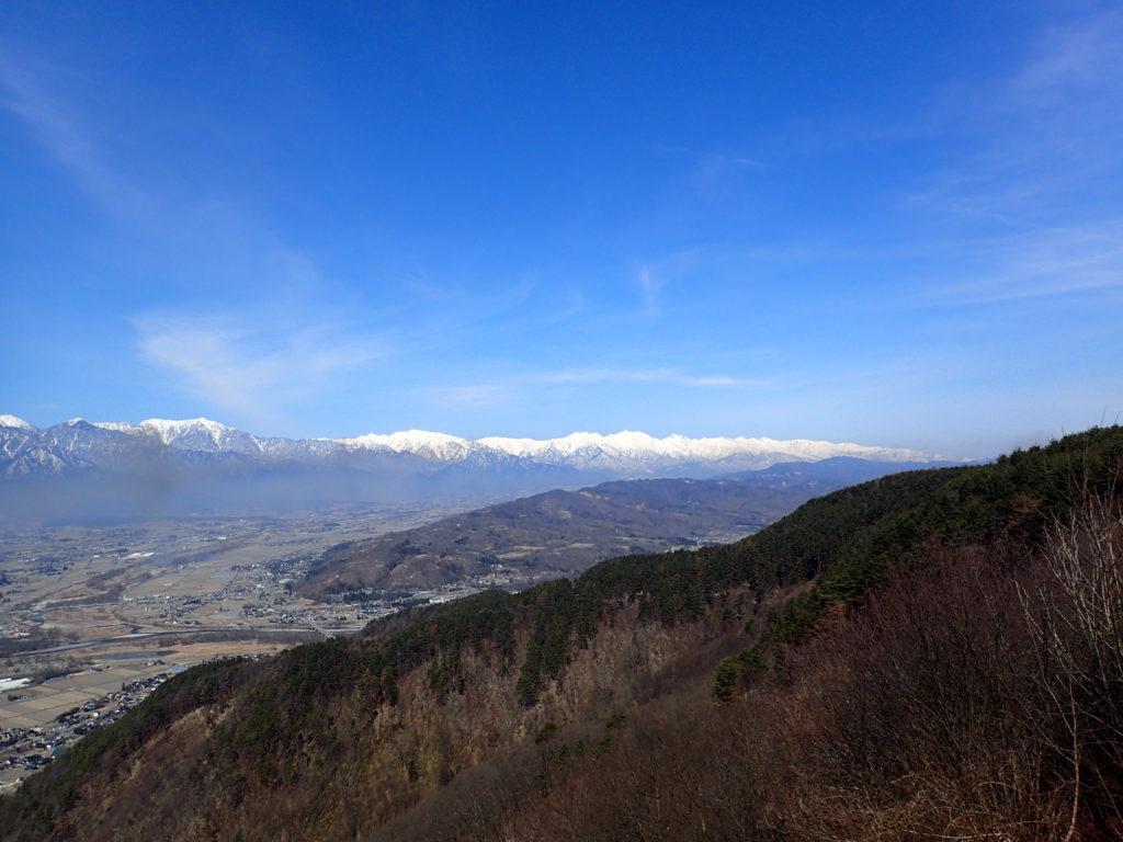 長峰山山頂から見る白馬方面の山々