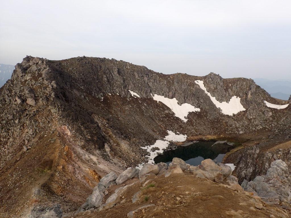 焼岳の正賀池