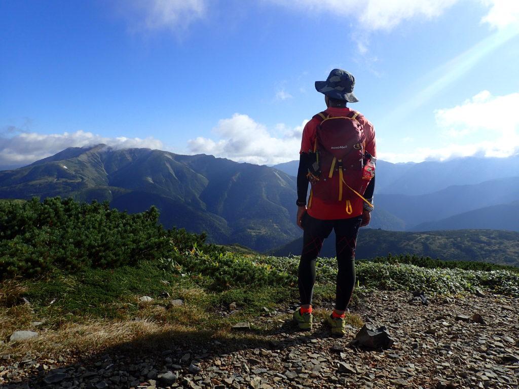 北ノ俣岳山頂で記念撮影