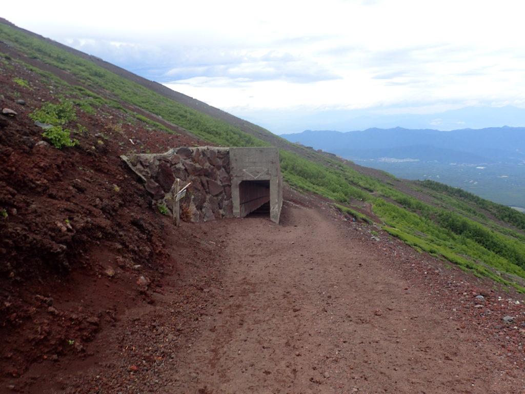 富士山の吉田ルート下山道