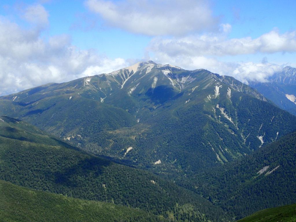 黒部五郎岳山頂から見る薬師岳