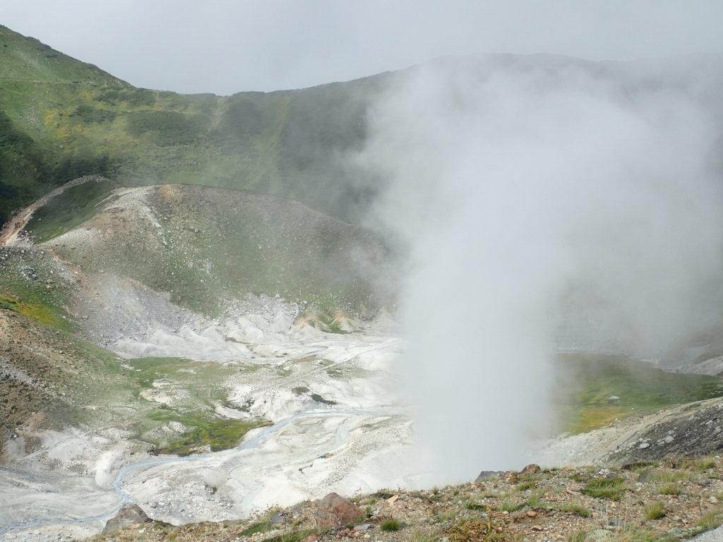 立山の地獄谷