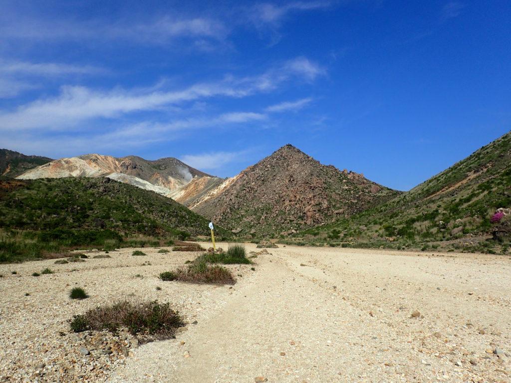 九重山の登山ルート上にある北千里浜