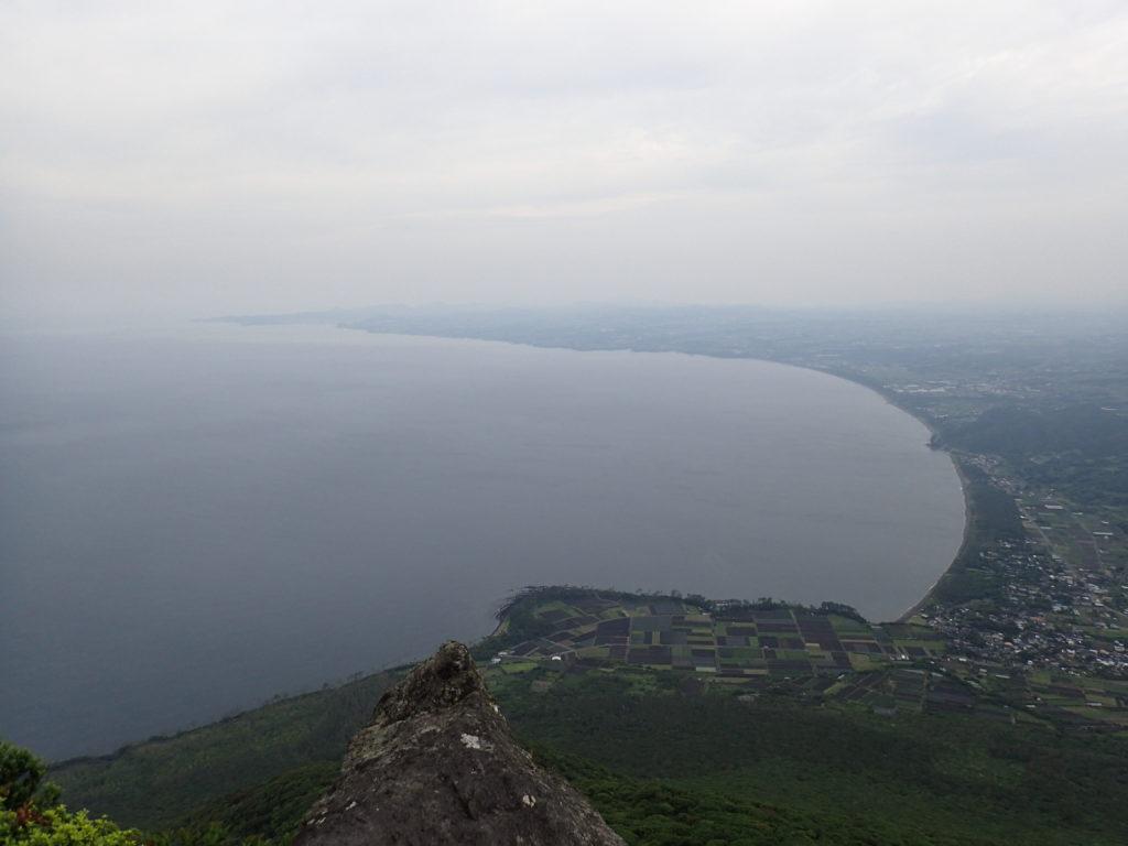 開聞岳から薩摩半島の海岸線を撮影