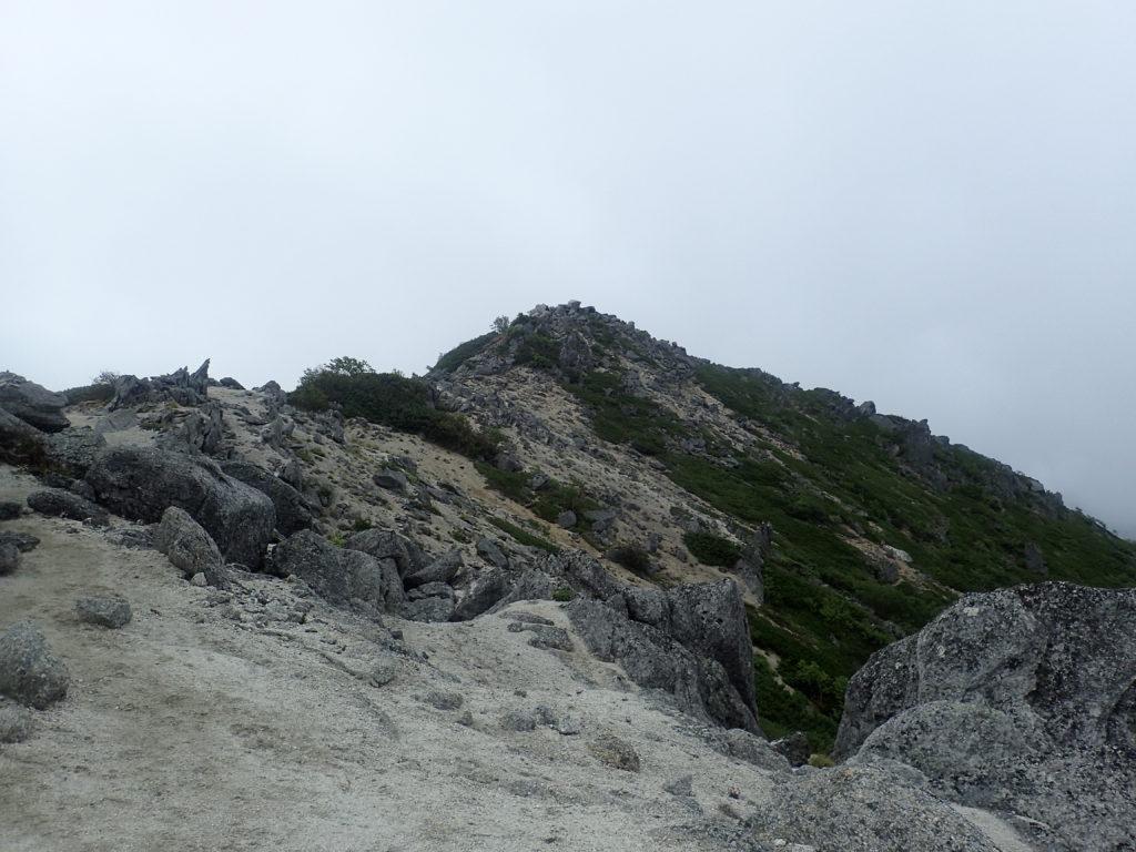 鳳凰三山の観音岳山頂