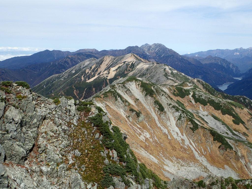 水晶岳から見る赤牛岳と剱岳