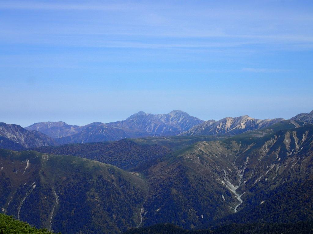笠ヶ岳から見る剱岳