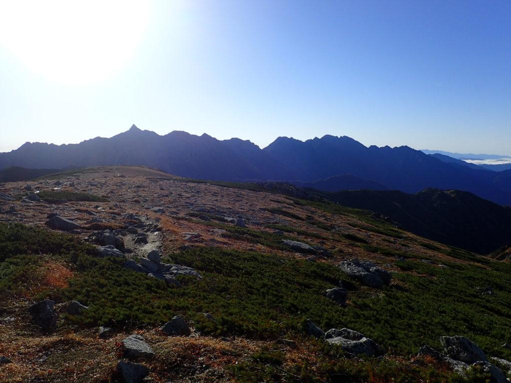 双六岳稜線から見る槍ヶ岳と穂高岳