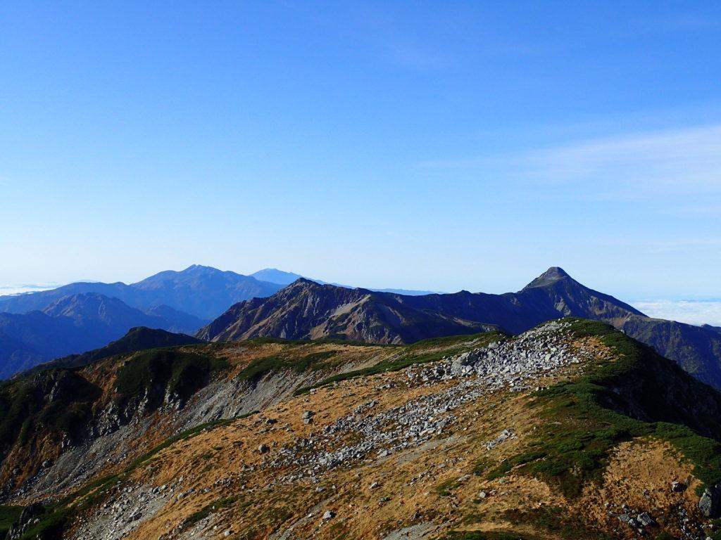 双六岳から見る笠ヶ岳と焼岳と乗鞍岳と御嶽山