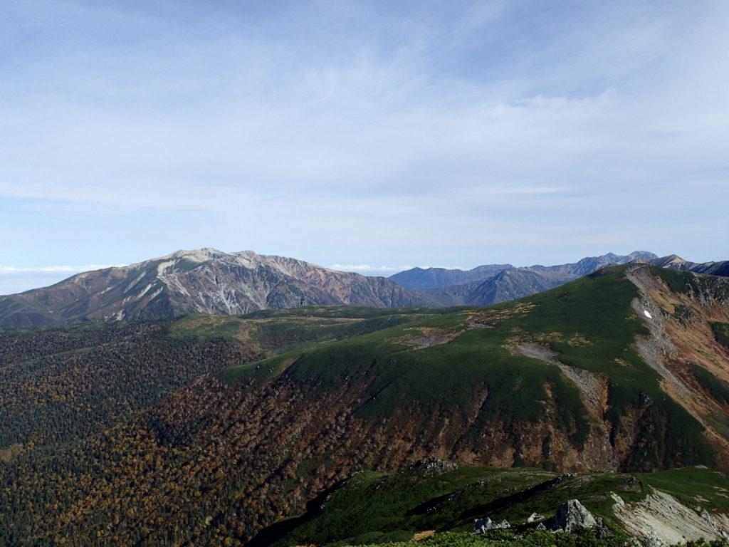 三俣蓮華岳方向から見る薬師岳