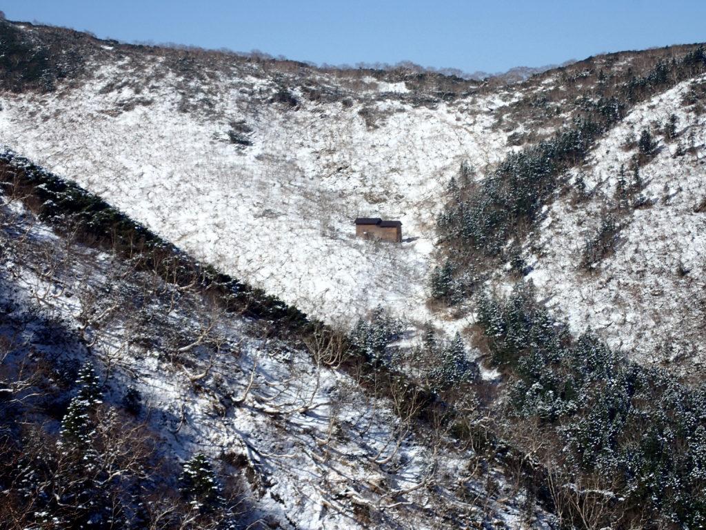 仙丈ヶ岳登山道の藪沢小屋