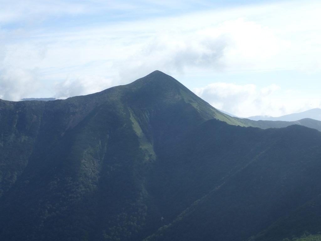 戸蔦別岳山頂方向