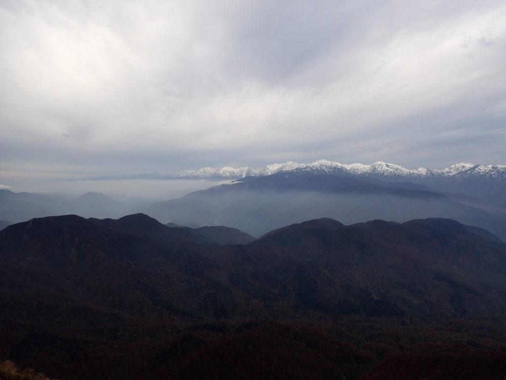 雨飾山から見る北アルプス