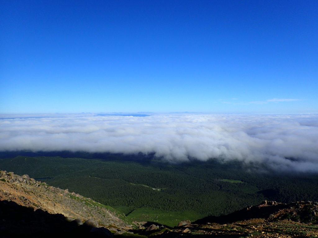 雌阿寒岳から見る雲海