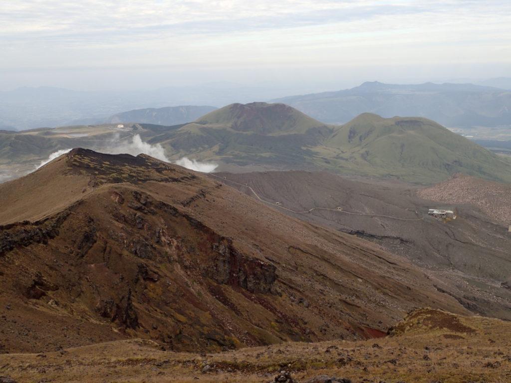 阿蘇山火口の噴煙