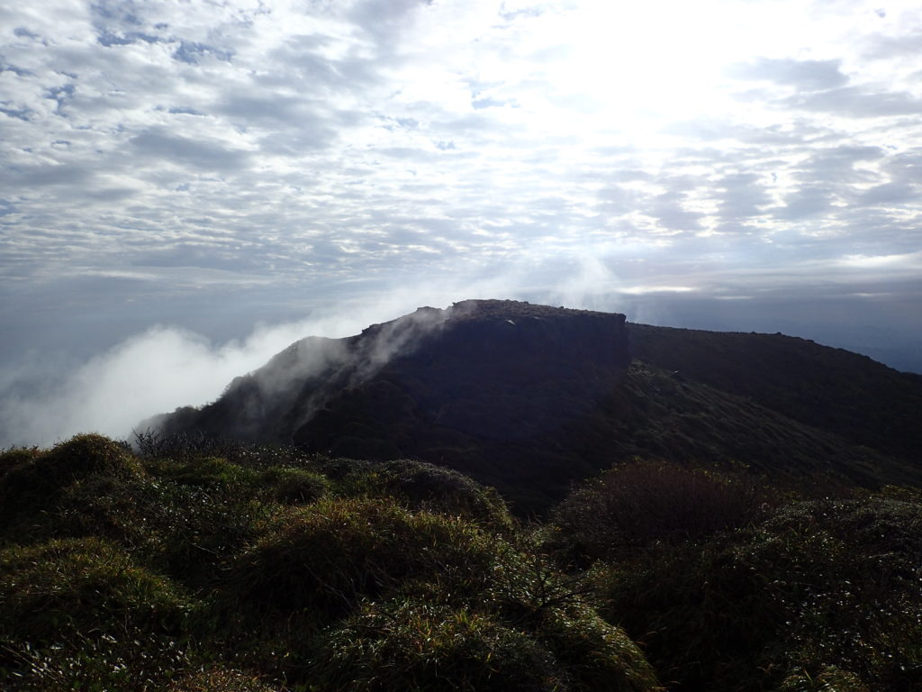 阿蘇山の高岳東峰