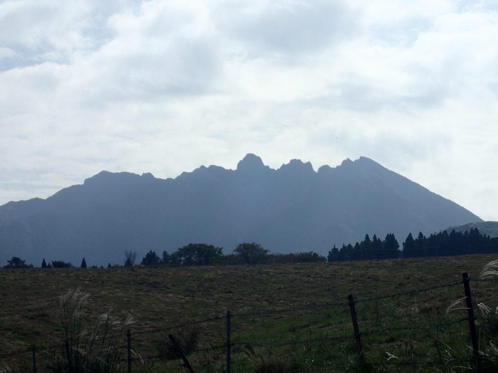 阿蘇山の根子岳方面