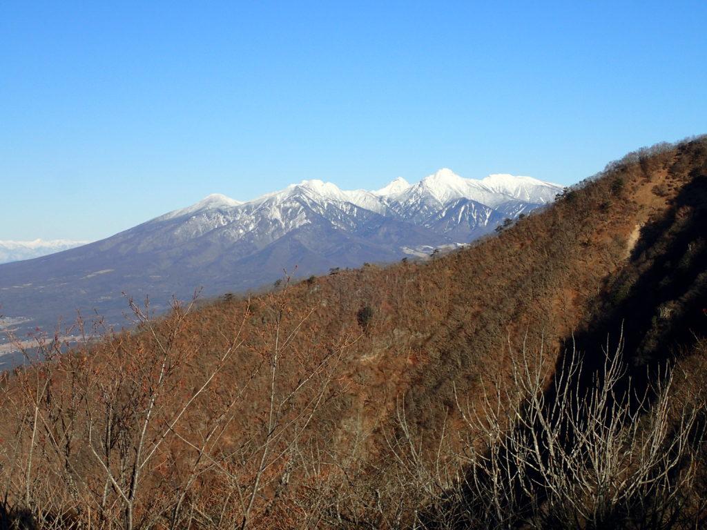 茅ヶ岳山頂から見る八ヶ岳
