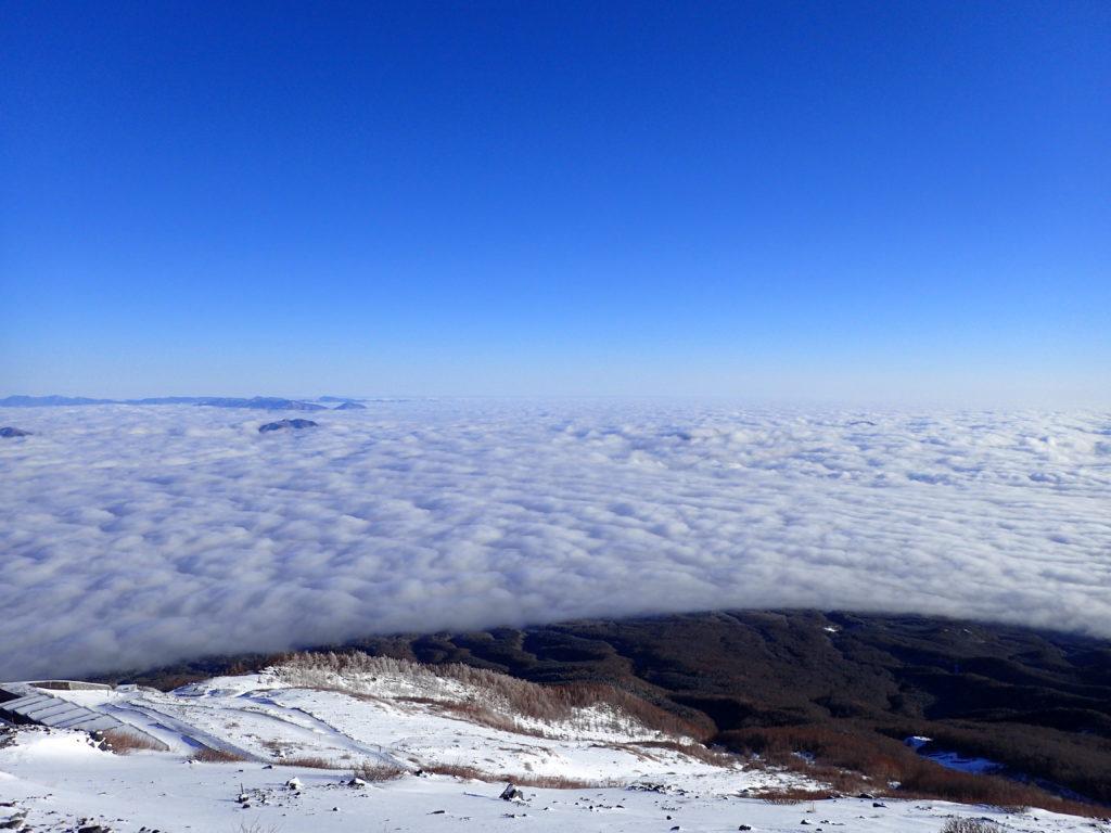 冬の富士山から見た雲海