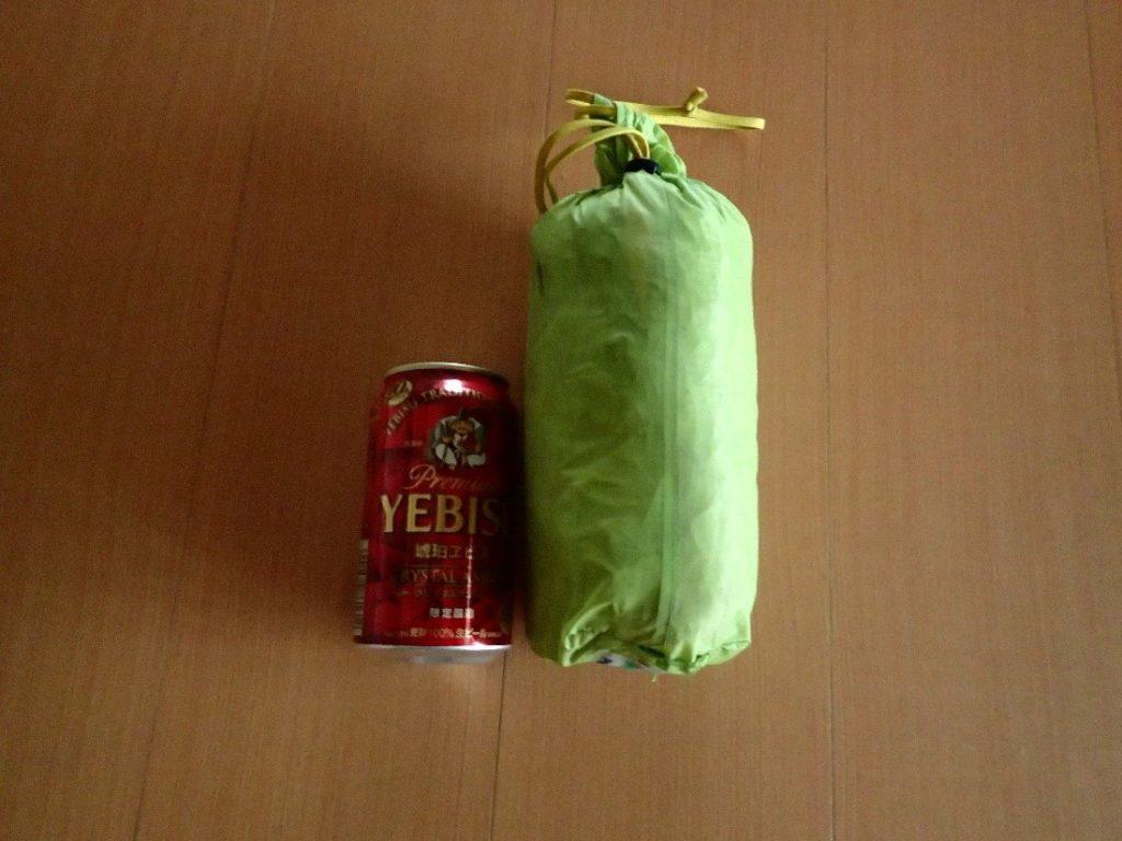 モンベルのライトツェルトの収納サイズを350ml缶と比較