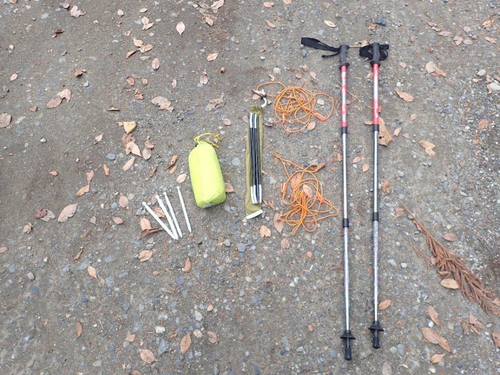 モンベルのライトツェルトの設営に必要な道具