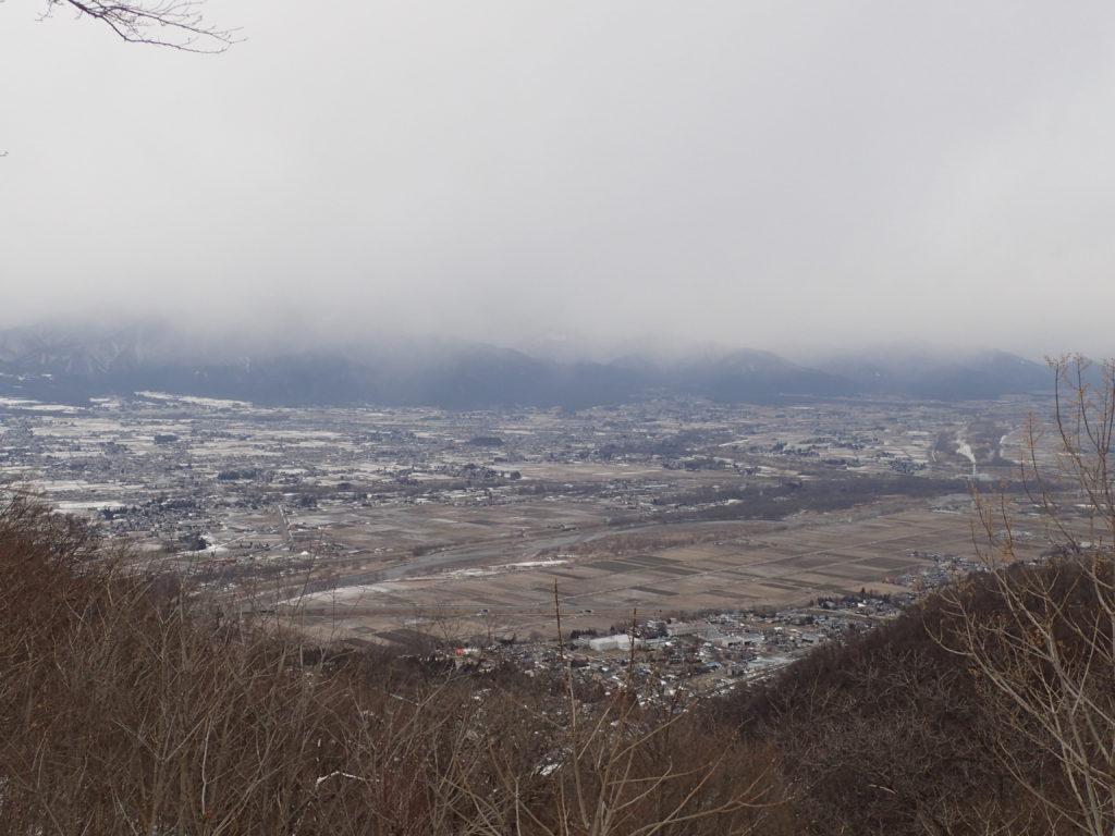 信州安曇野の光城山から見た安曇野市