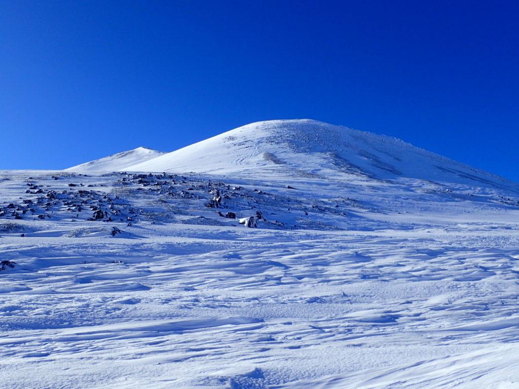 朝日岳(乗鞍)の斜面を撮影