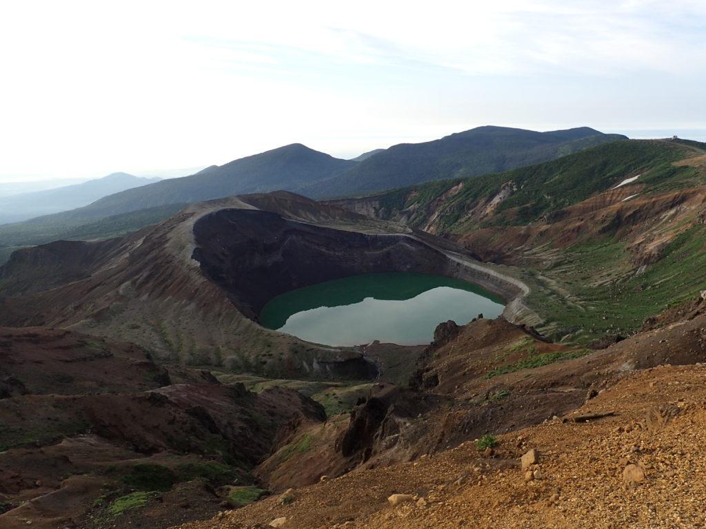 蔵王山の御釜