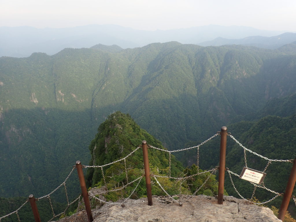 大台ヶ原山の大蛇嵓からの眺め