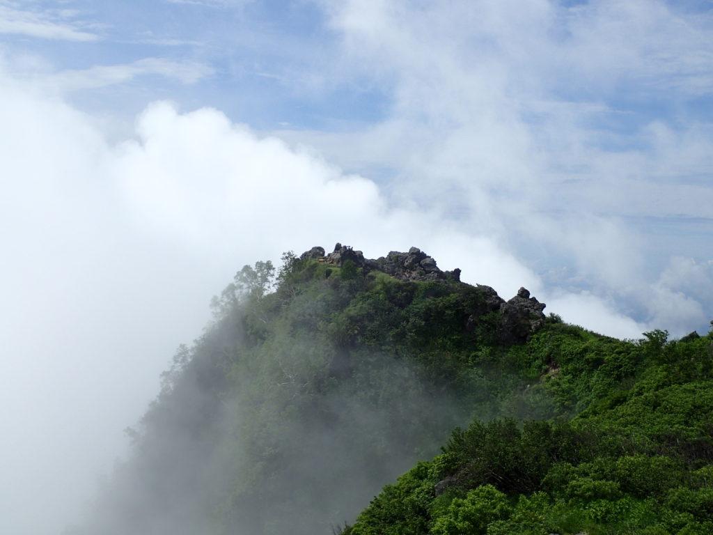 妙高山南峰
