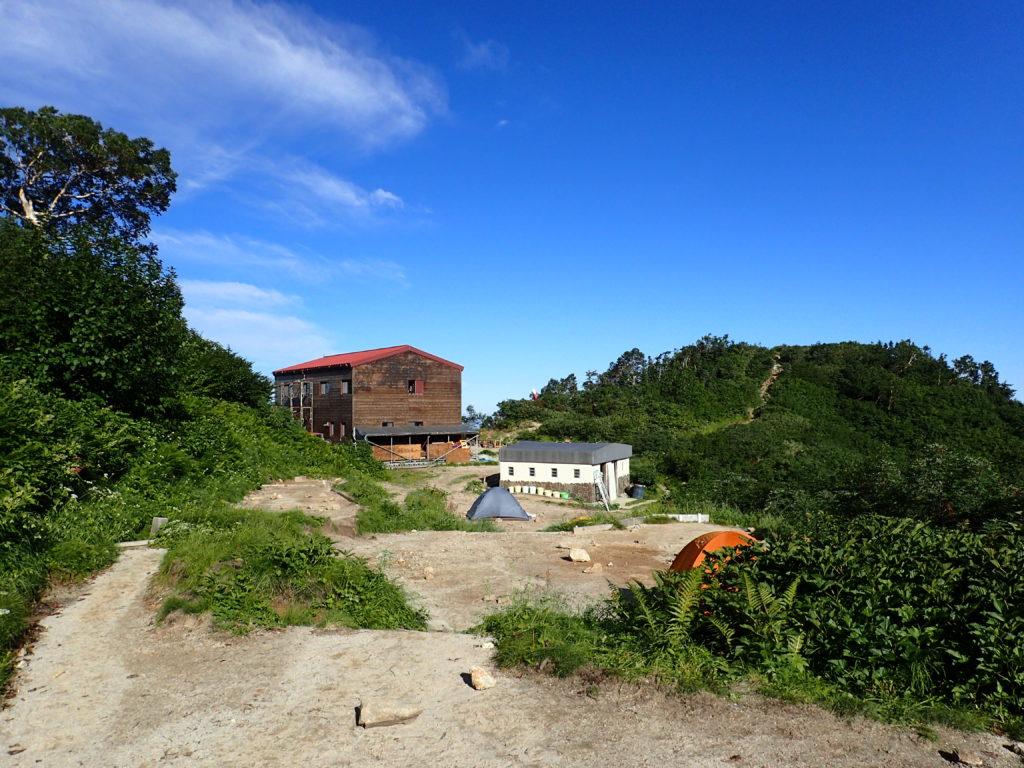 剱岳の早月小屋のテント場