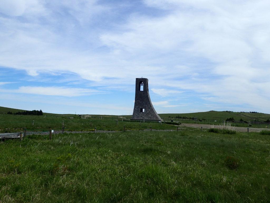 美ヶ原高原の美しの塔