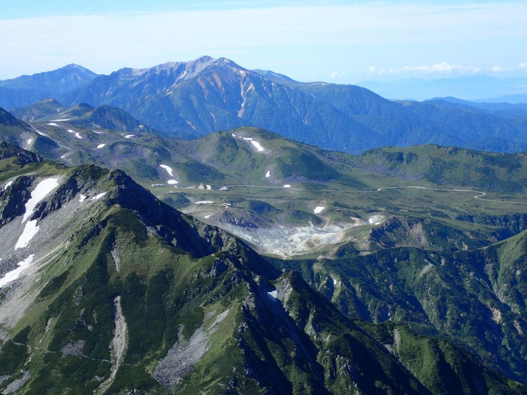 剱岳早月尾根から見る室堂と薬師岳と黒部五郎岳