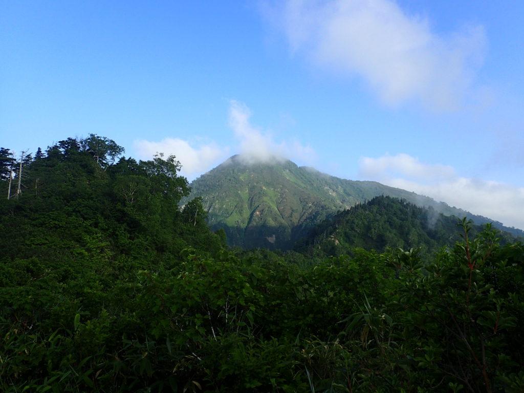 戸隠連峰の六弥勒付近から見る高妻山