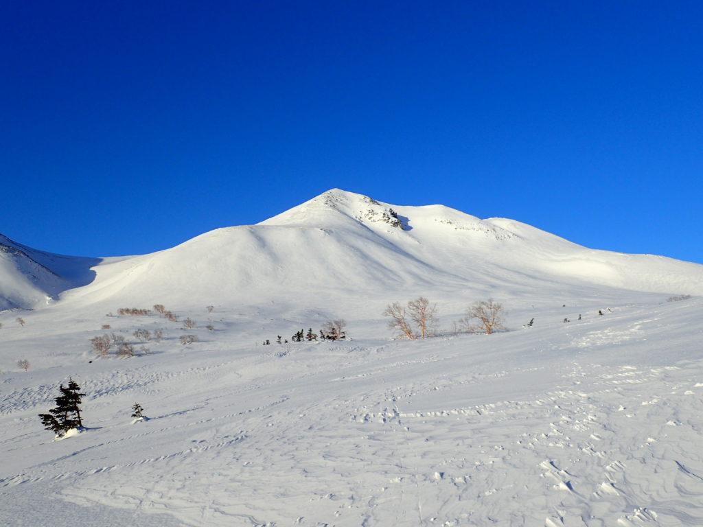 冬の乗鞍岳の山容