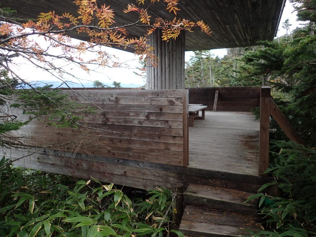 御嶽山の王滝登山道近くの展望台
