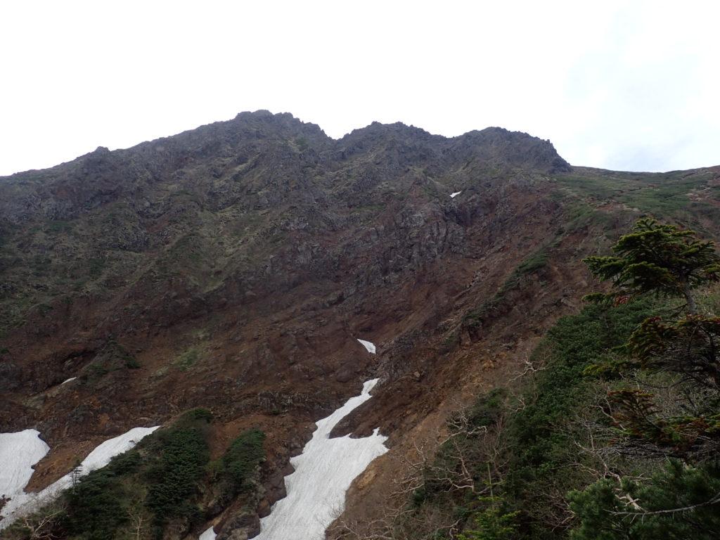 文三郎尾根から見上げる赤岳